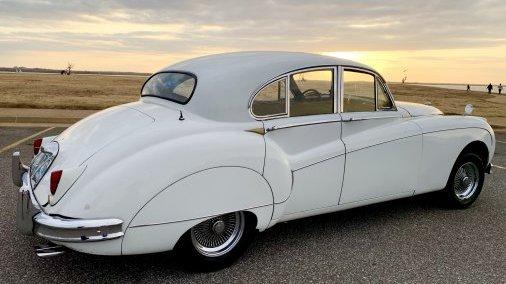 1958 Jaguar MK IX