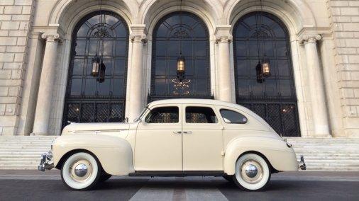 1940 Dodge Luxury Liner Deluxe Series D14